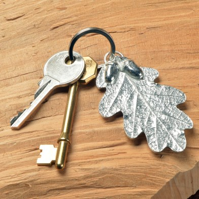 Pewter Oak Leaf and Acorn Keyring Gifts | Image 1