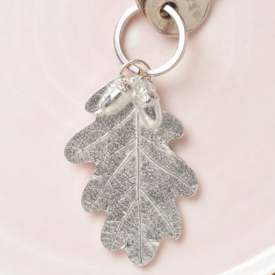 Oak Leaf and Acorn Keyring | Image 1