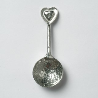 Heart Bowl with Heart Spoon | Image 4