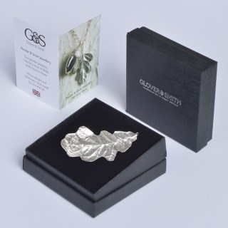 Oak Leaf Brooch English Pewter Gifts | Image 3