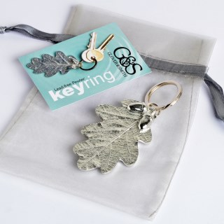 Pewter Oak Leaf and Acorn Keyring Gifts | Image 5