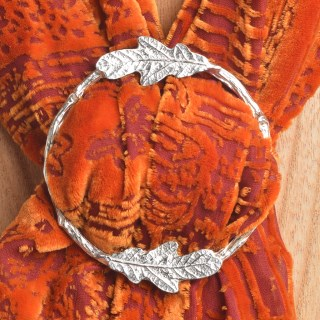 Oak Leaf Scarf Ring | Image 3