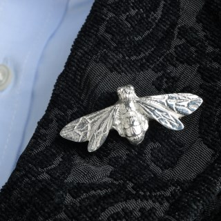 Bee Brooch | Image 2