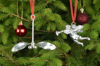 Pewter Mistletoe Everlasting Christmas Tree Decorations | Image 3