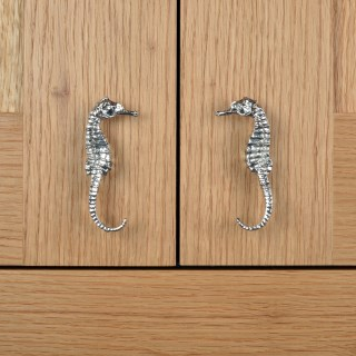 Seahorse Pewter Door Handle Right Facing | Image 3