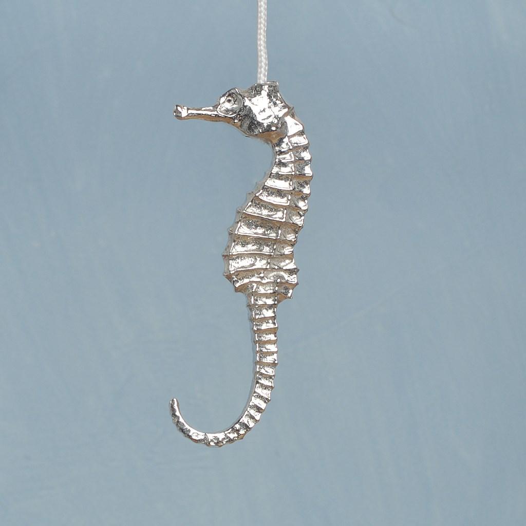 seahorse light pull seahorse cord pulls uk made pewter. Black Bedroom Furniture Sets. Home Design Ideas